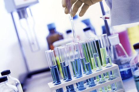Clínicas y laboratorios